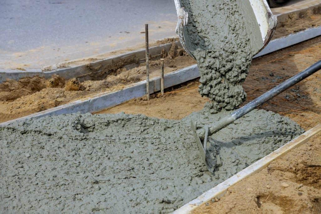 יציקת רצפת בטון