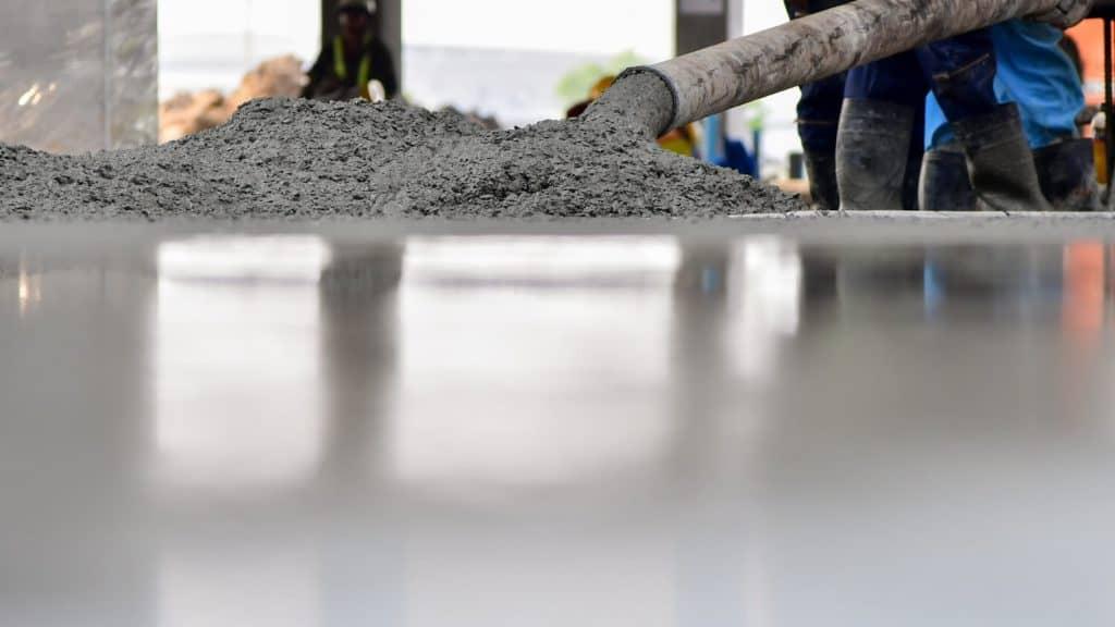 יציקת בטון על בטון קיים